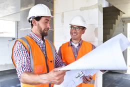 Bauleiter und Architekt Fotolia 158648661 L